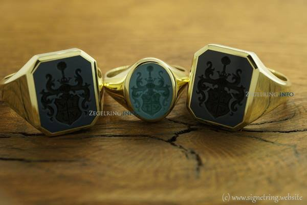 Family signet ring white signetring signetrings