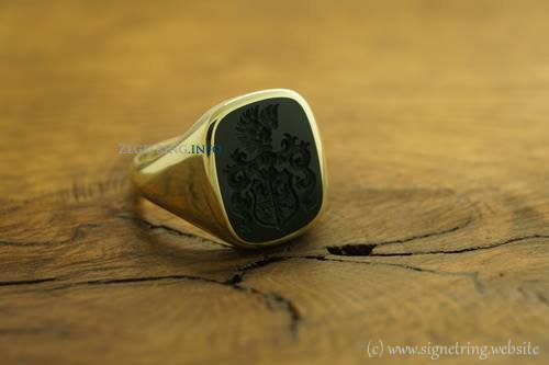 Ring completely occasions signetring