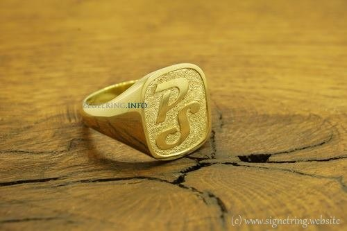 Rings engraved ring engraving signetring gold signet stone