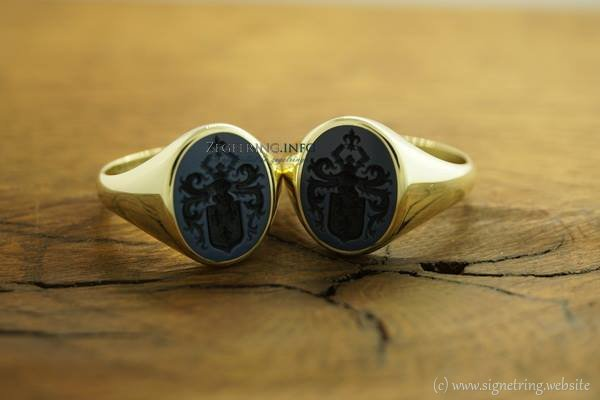 Rings ring familycrest engraved crest signetring downloadcatalogue