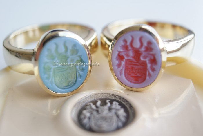 Gold womens signet rings with gemstones