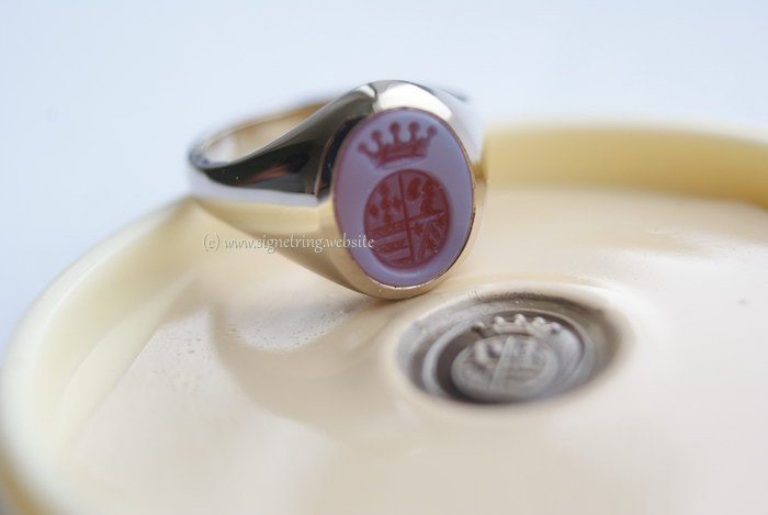 White gold womens signet ring with womens engraving